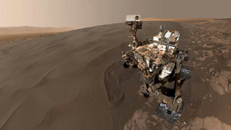 We Still Love You From Afar, Curiosity Carousel: NASA/JPL-Caltech/MSSS; Video: NASA Jet Propulsion Laboratory