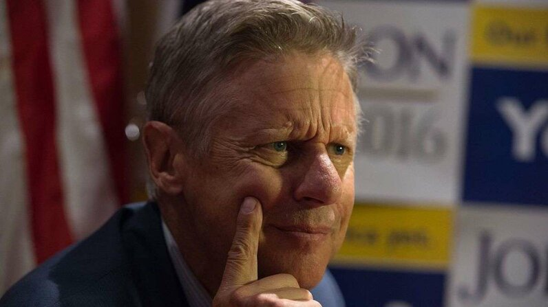 ertarian presidential candidate Gary Johnson gestures he speaks with the media at a rally on September 10, 2016 in New York. Johnson called his second brain freeze an 'Aleppo moment.' BRYAN R. SMITH/AFP/Getty Images