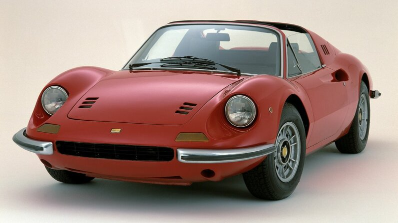 The guys from CarStuff dig up the case of the Ferrari Dino that someone intentionally buried. Learn more at HowStuffWorks. National Motor Museum/Heritage Images/Getty Image