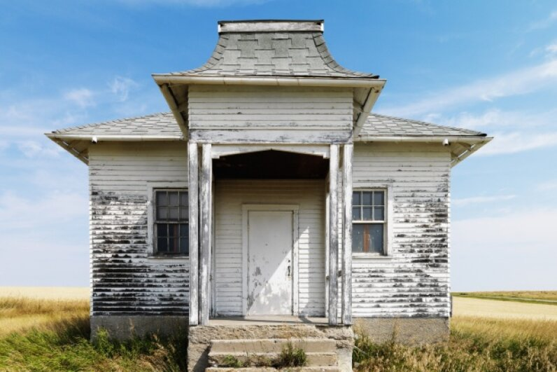 Could a coat of paint turn that dilapidated country house into the mod farmhouse you dream about? Ron Chapple Studios/Hemera/Thinkstock