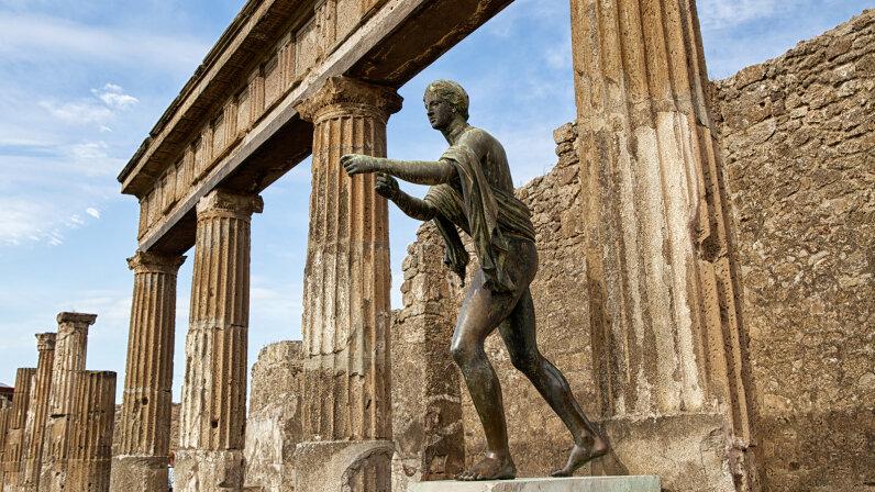 statue of Apollo in the Temple of Apollo in Pompeii