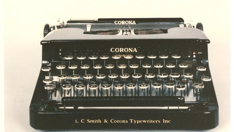 Unabomber typewriter serial killer memorabilia
