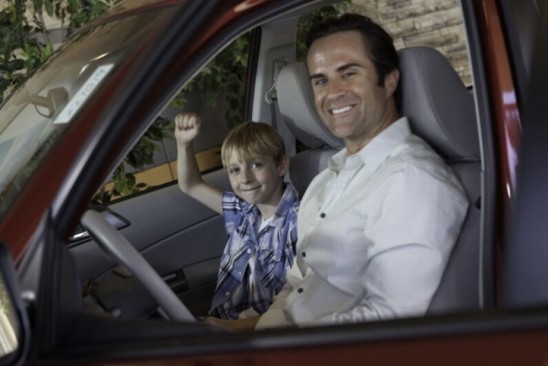 You don't have to wait for your child to be a teen to set a good driving example. © moodboard/Thinkstock