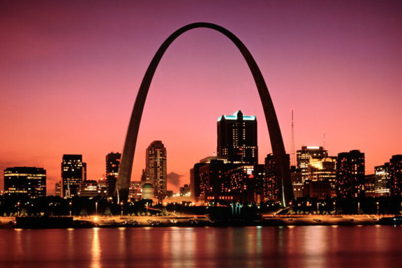 Casinos and other entertainments are located in St. Louis' city center -- one is even right across from the famous Gateway Arch. © Owaki - Kulla/CORBIS