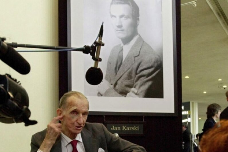 Though Karski's information about the atrocities he had seen initially fell on deaf ears, his tireless efforts to expose the Nazi agenda opened the world's eyes to the Holocaust. © STAN HONDA/AFP/Getty Images
