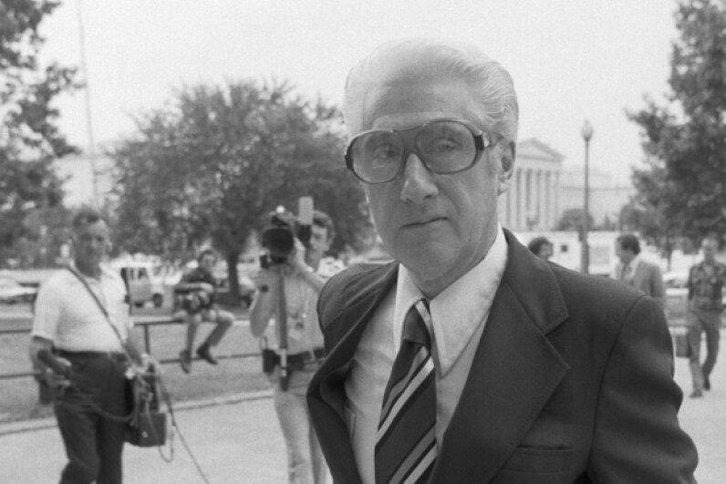 Former FBI official Mark Felt arriving at federal court in 1980. © Bettmann/CORBIS