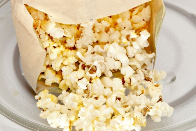 Pre-packaged microwave popcorn is ultra-convenient, but it's also got a dark side. ©iStock/Thinkstock