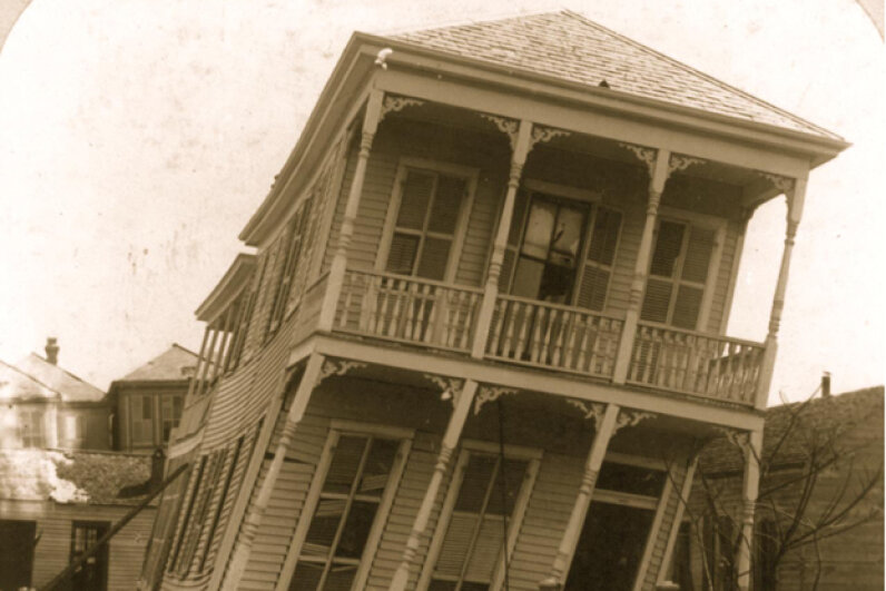 1900 hurricane, twisted house