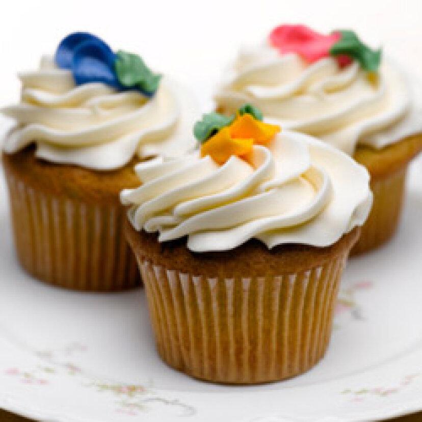 カップケーキを飾る10の最良の方法