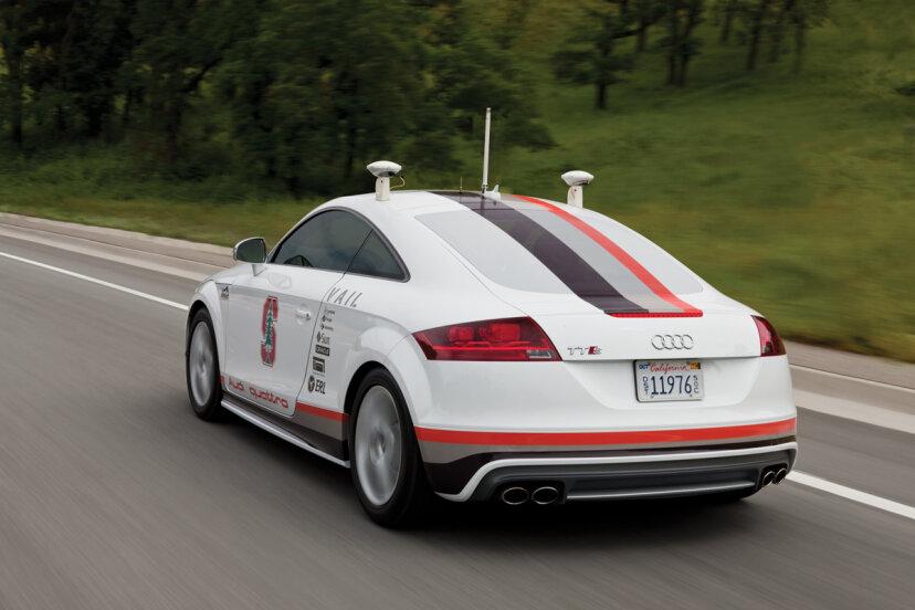 自動運転車に求められる10の機能