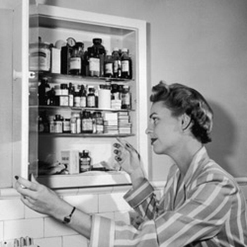 薬箱に入れるべきトップ10アイテム