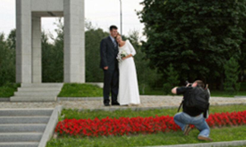 10写真-完璧な結婚式のポーズと率直