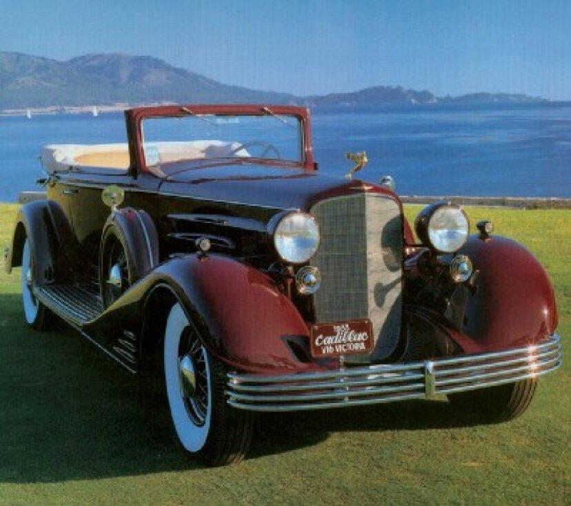 1933キャデラックV-16コンバーチブルビクトリア