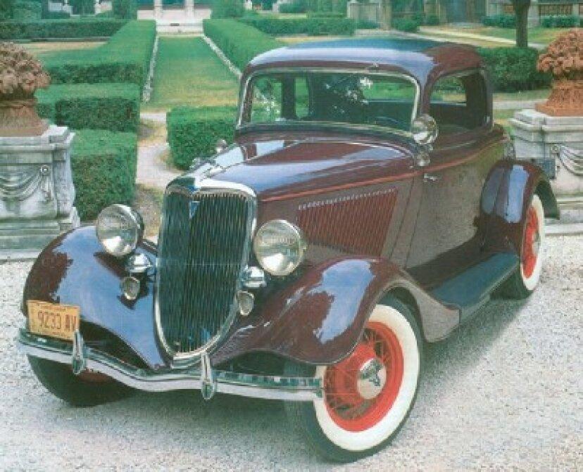 1934年フォードデラックス5ウィンドウクーペ
