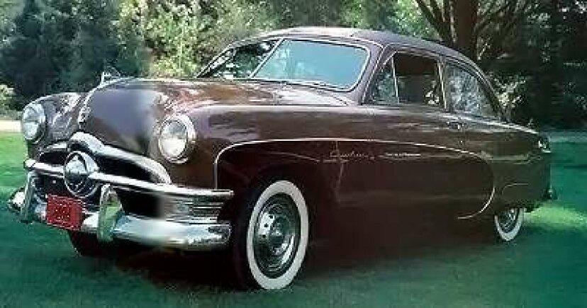 1950フォードカスタムクレストライナー