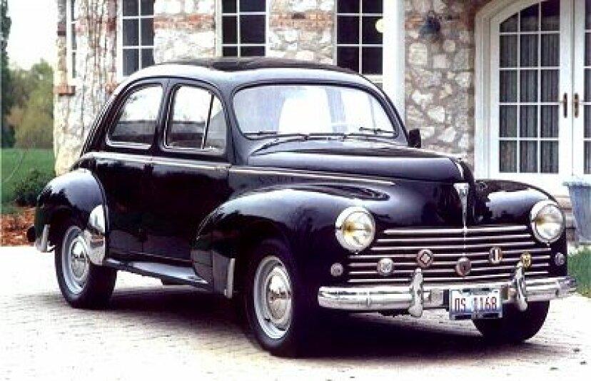 1957年プジョー203C4ドアセダン