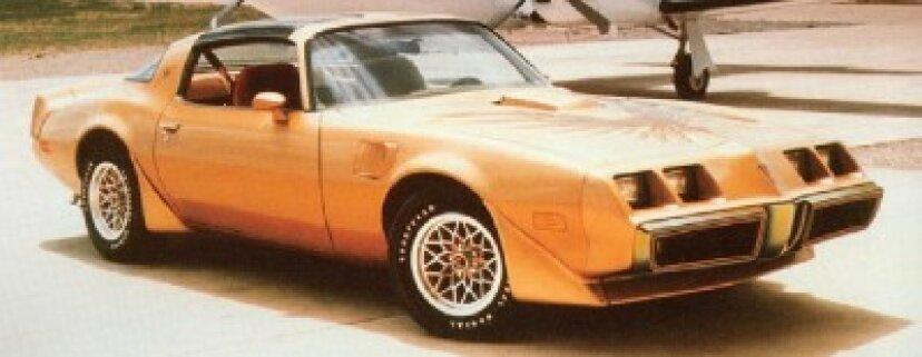1979年ポンティアックファイヤーバードトランザムと10周年記念トランザム