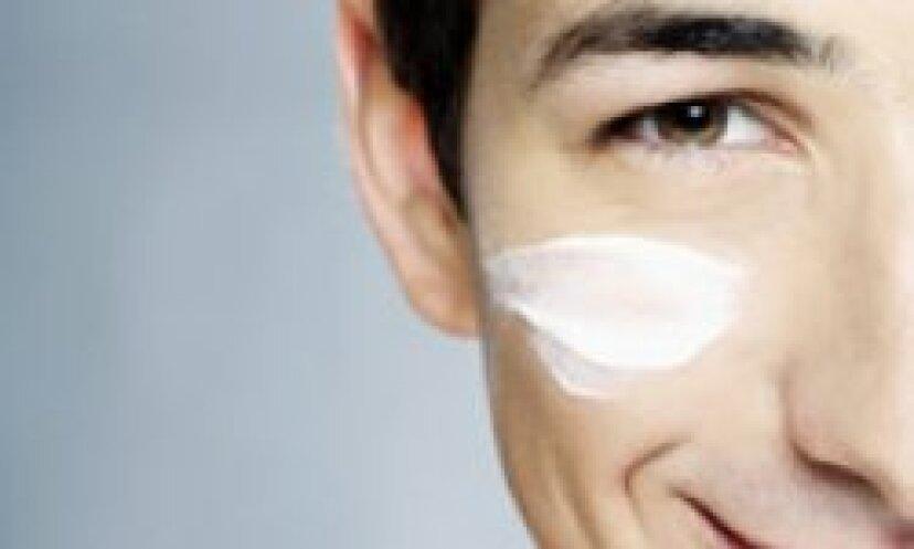 あなたの顔の乾燥した薄片状の皮膚を治療する方法