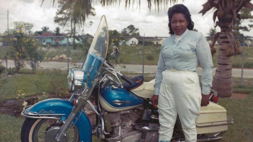 Versteckte Geschichte auf zwei Rädern: Die Geschichte von Bessie Stringfield