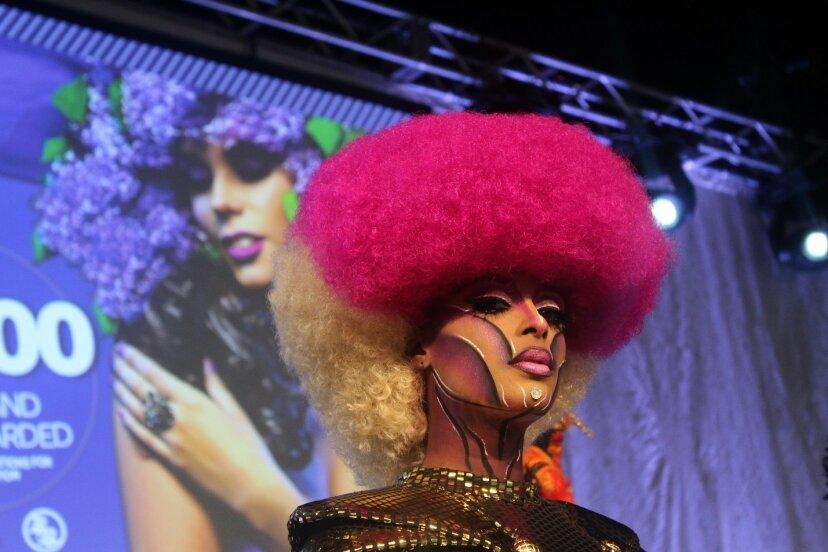 Fantastisches Haar übernimmt Atlanta bei Bronner Bros. Hair Show
