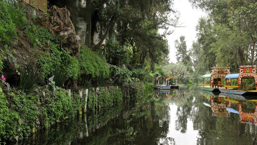 chinampa canals Xochimilco