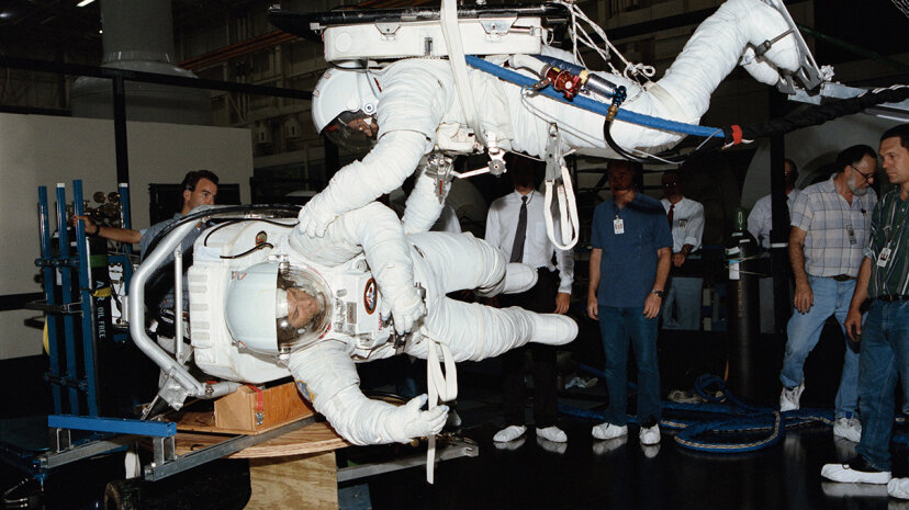 air-bearing floor NASA