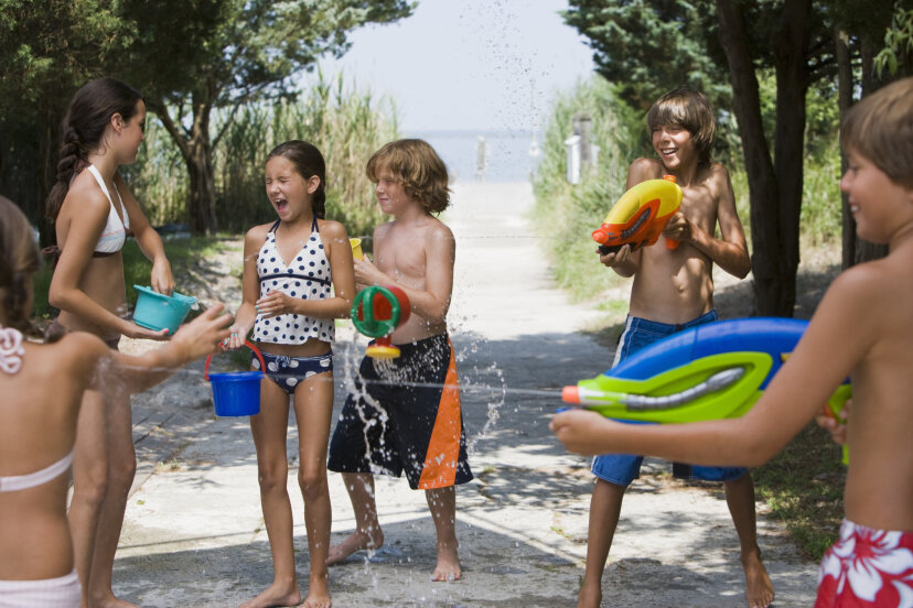 5つの素晴らしい裏庭の水ゲーム