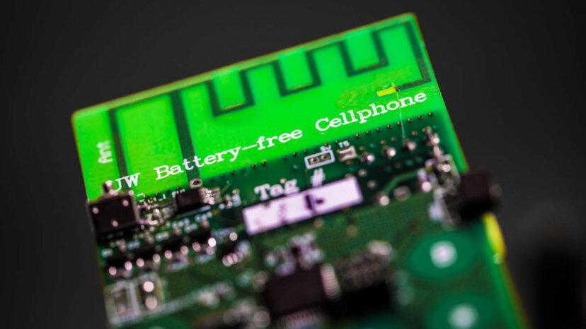Wissenschaftler haben ein batterieloses Handy erfunden