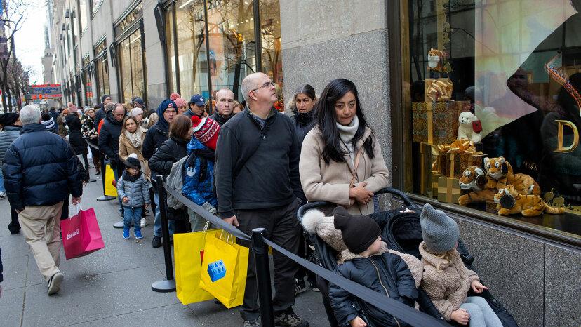 Black Friday shoppers, new york