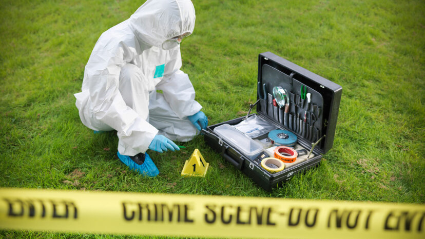 forensic expert