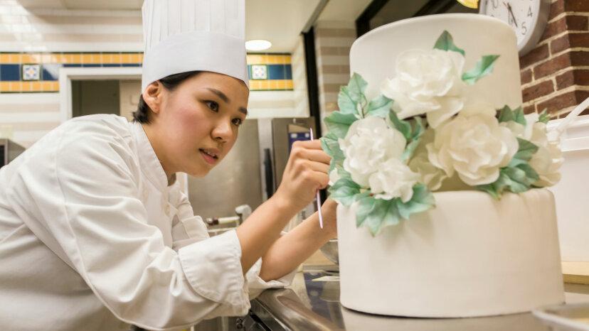 pastry chef, wedding cake