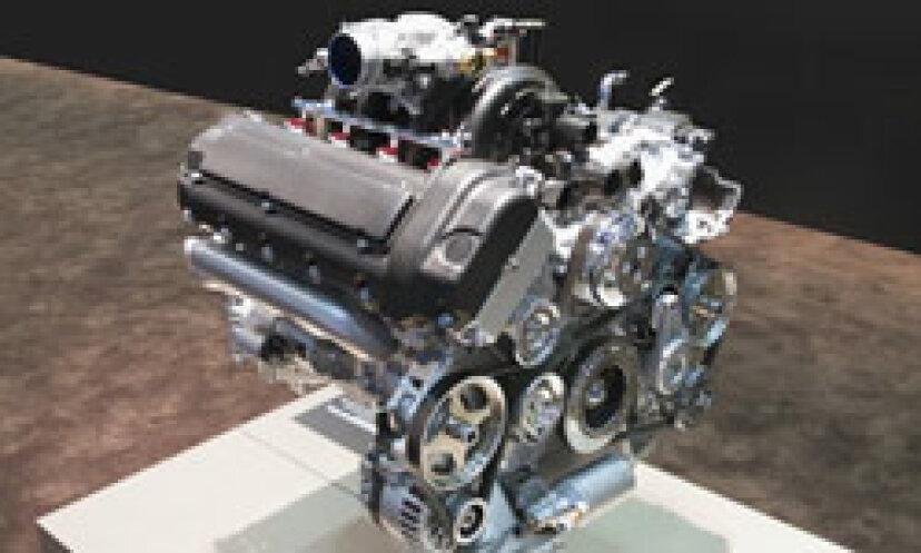 車のエンジンの写真