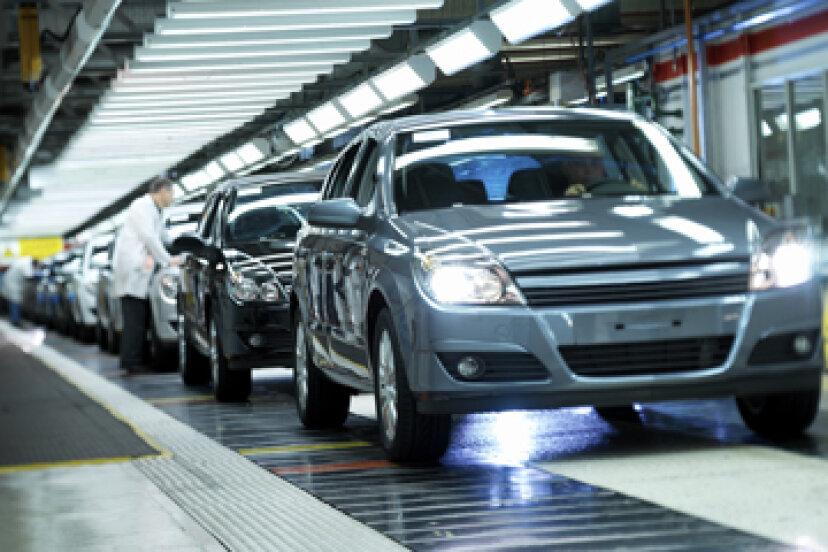 現代の車の仕上げは体の損傷を防ぎますか?
