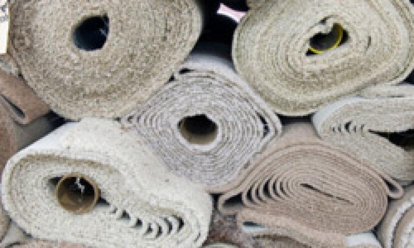 カーペットにはどのような種類の繊維が含まれていますか?