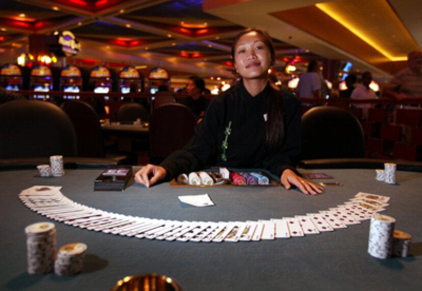 カジノでポーカーをプレイする方法