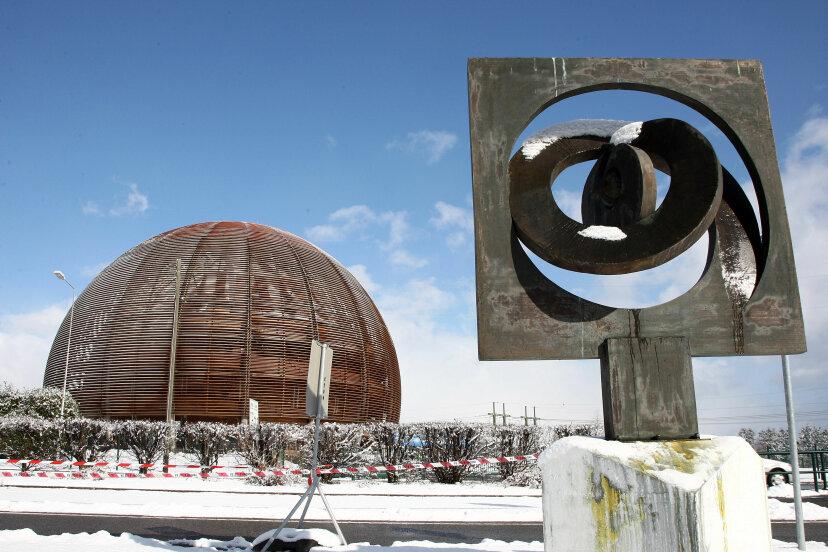 CERNチームの超光速ニュートリノのタイミングに誤りはありましたか?
