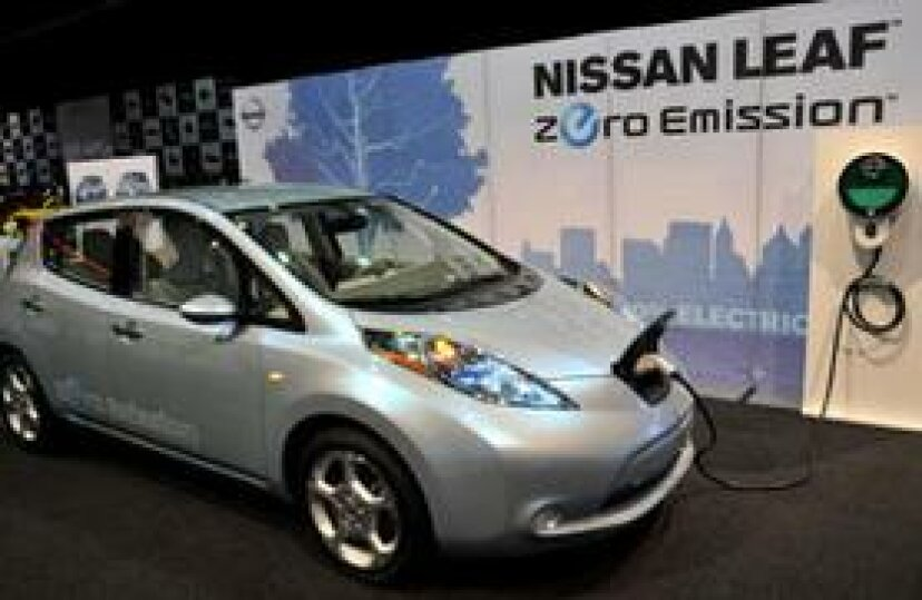 電気自動車業界が直面している課題
