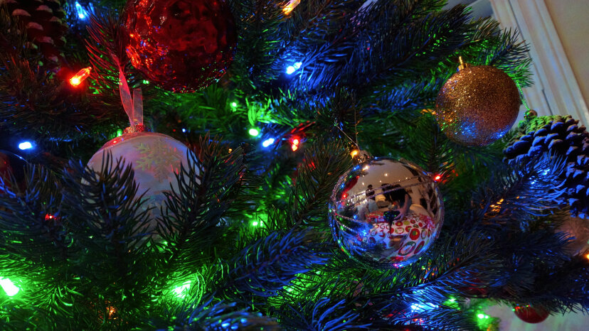 Christmas ornaments, Christmas Lights, Christmas tree