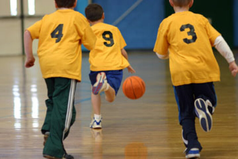 ユースバスケットボールを指導するための究極のガイド