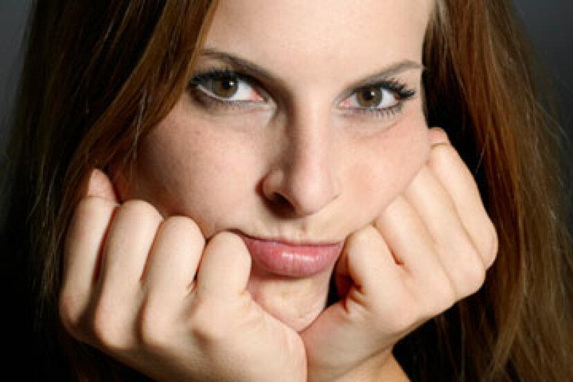 正方形の顔の輪郭のヒント