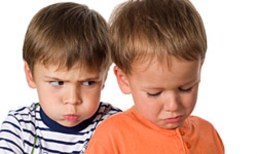 小学生がいじめに対処するのを助けるための10の戦略