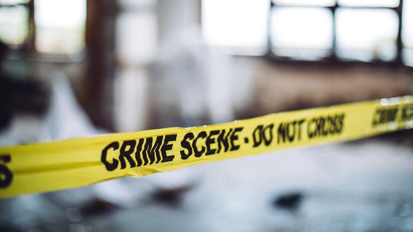 ¿En qué se diferencian los forenses y los examinadores médicos?