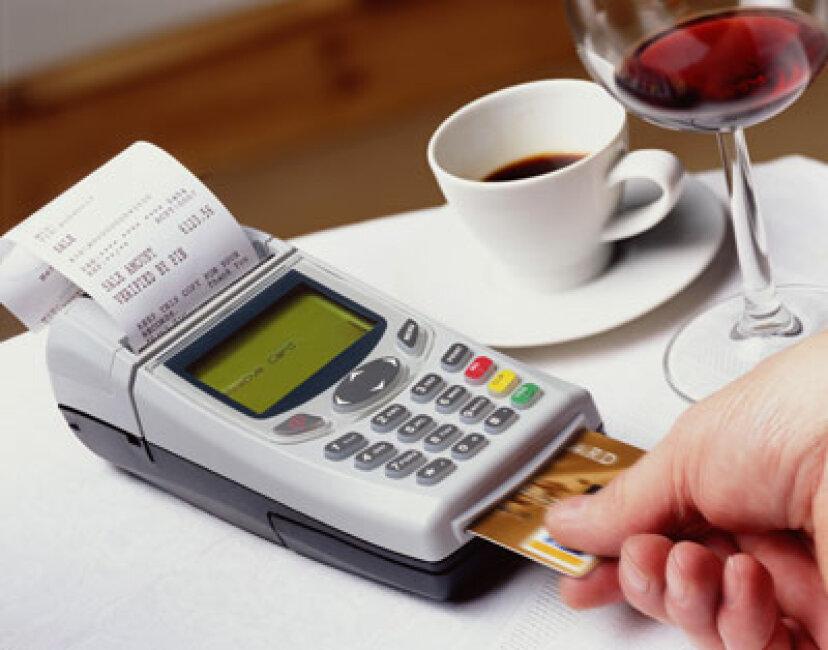 あなたのクレジットカード会社はあなたに借金を続けて欲しいですか?