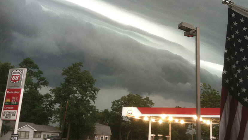 デレチョはステロイドの雷雨です