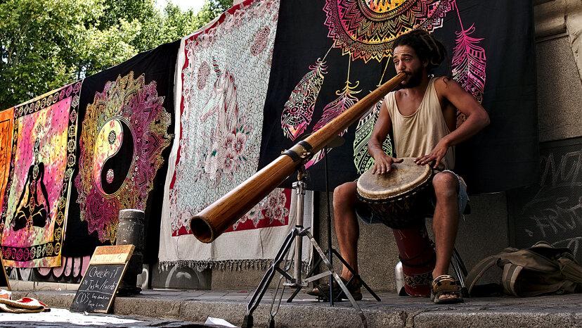 Das Aussie Didgeridoo ist möglicherweise das älteste Blasinstrument der Welt