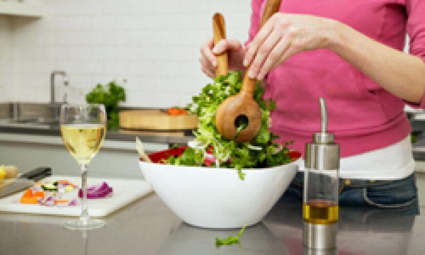 ディナーのクイック サラダに欠かせない 5 つの要素