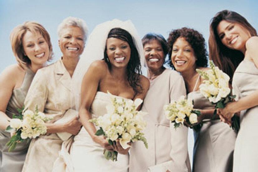 30歳以上の女性は本当に花嫁介添人になりたいですか?