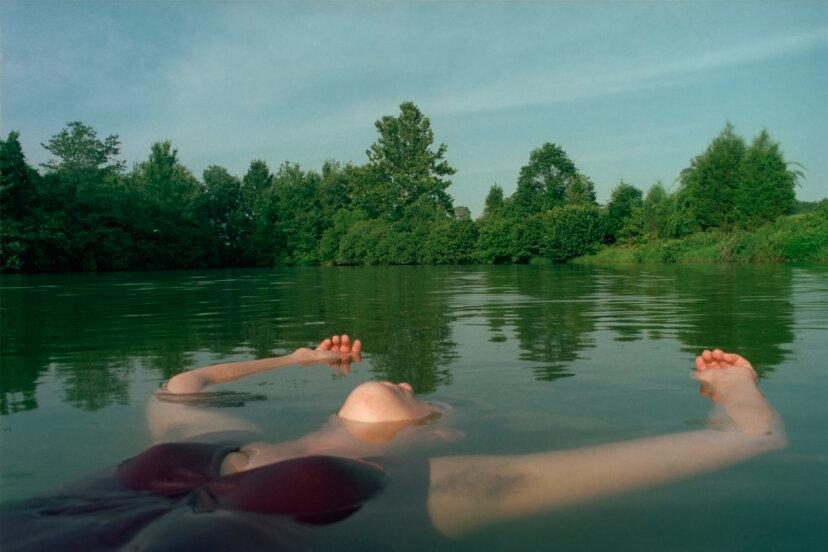 ¿Es cierto que las mujeres ahogadas siempre flotan boca arriba?