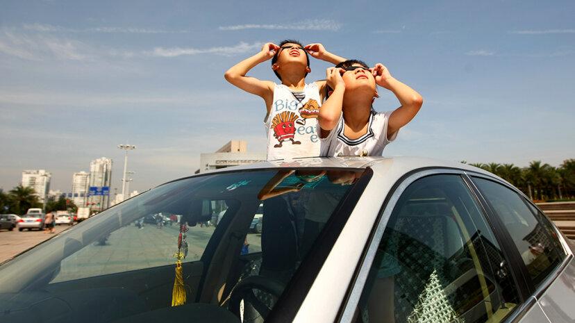 Wird die bevorstehende totale Sonnenfinsternis den Verkehr total ruinieren?