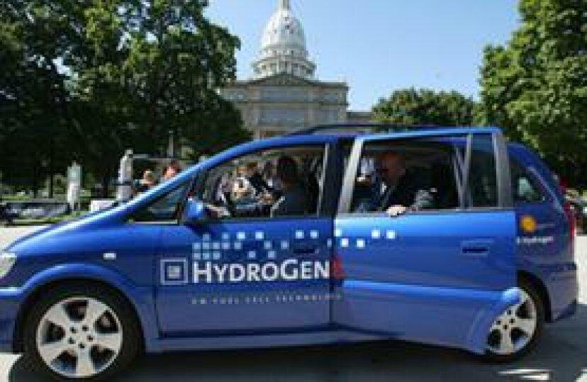 電気自動車と水素燃料電池車